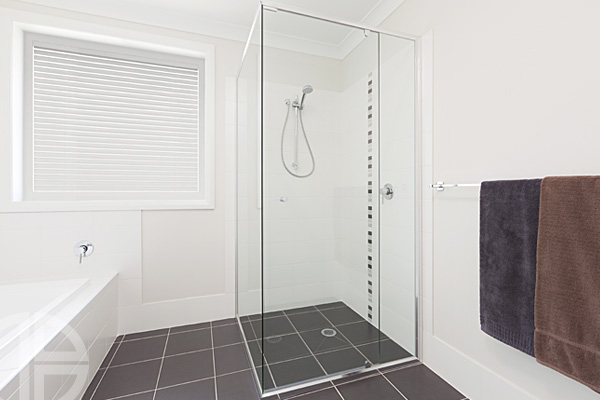 Evolution semi frameless, pivot door system