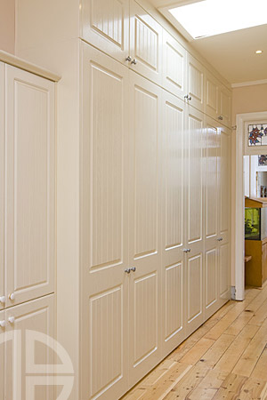 Brindabella-Thermoform Antique White Ash Hinged Doors