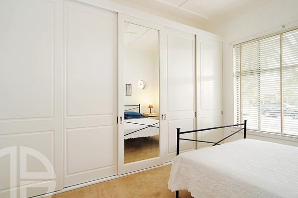 Brooklyn classic square with Brighton mirror insert, white satin painted (painted by Betta)